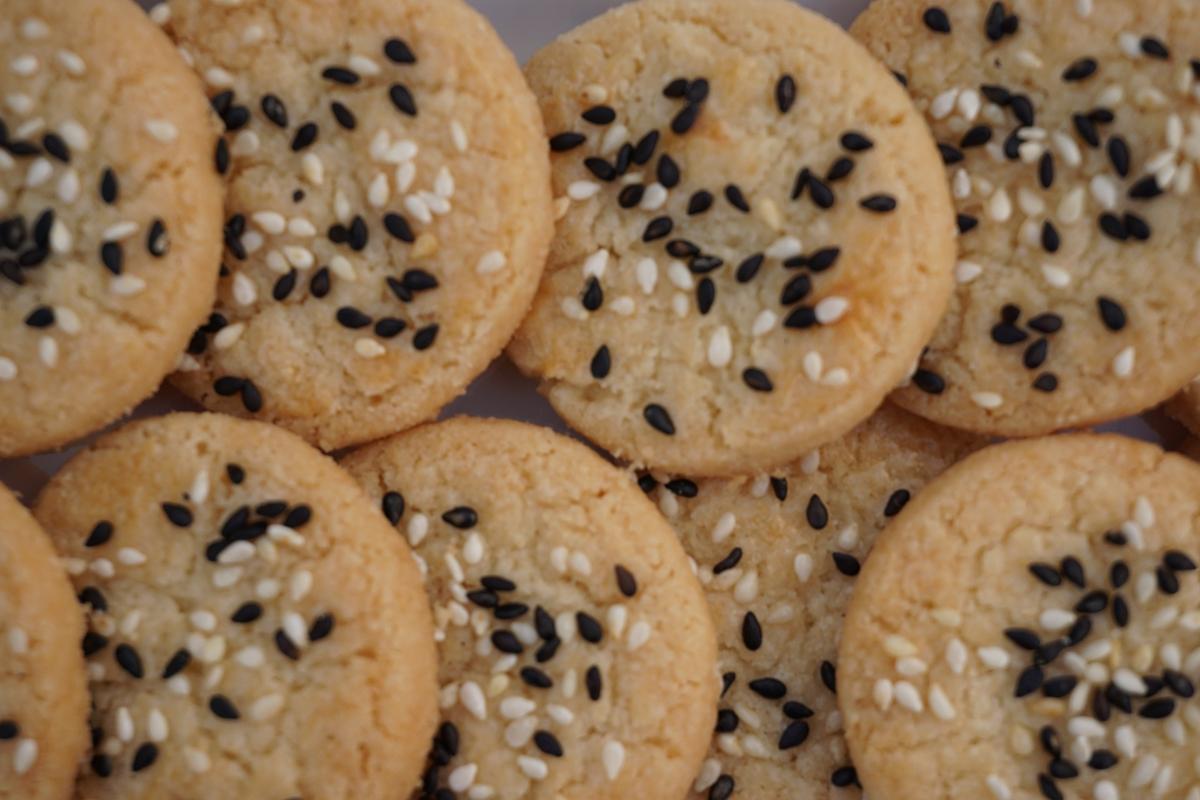 Black & White Sesame Shortbread